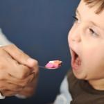 shutterstock_82444486 pill child