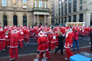Santas arriving