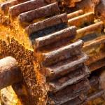 shutterstock_52040509 - Rusty cogs