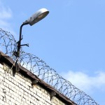 Systematic review finds that suicide risk for prisoners with bipolar disorder may be lower than other mental disorders