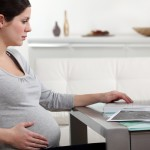 Pregnant women taking antidepressants should be made of the benefits and risks of this treatment