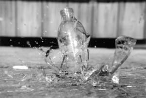 Heavy drinking episodes are linked with a higher risk of injury.