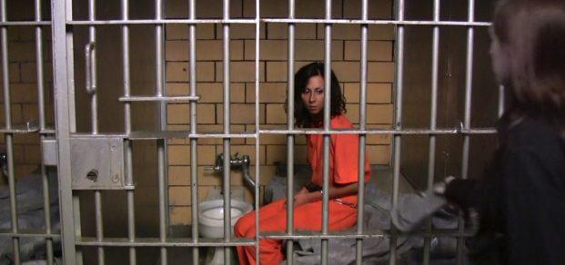 woman-prison