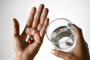 A 2009 review found that20% of people with schizophrenia receive a combination of antipsychotics to manage their condition, despite any clear evidence of benefit.