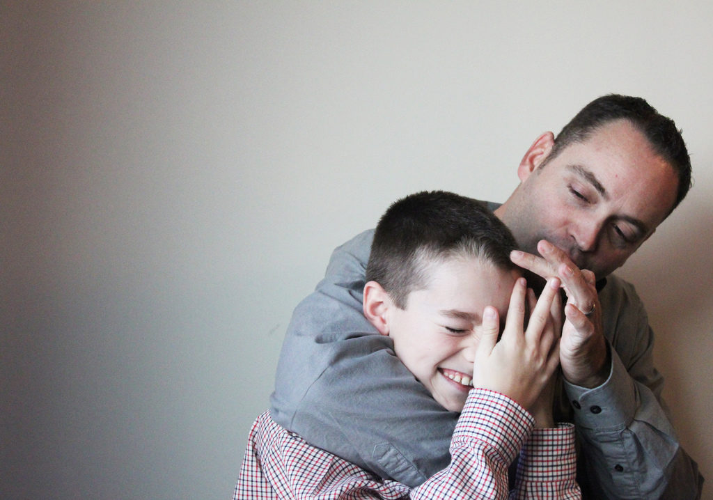 Paternal and adolescent depressive symptoms were significantly associated.