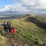Ramblers_on_the_Mam_Tor_Ridge_(geograph_3855226)