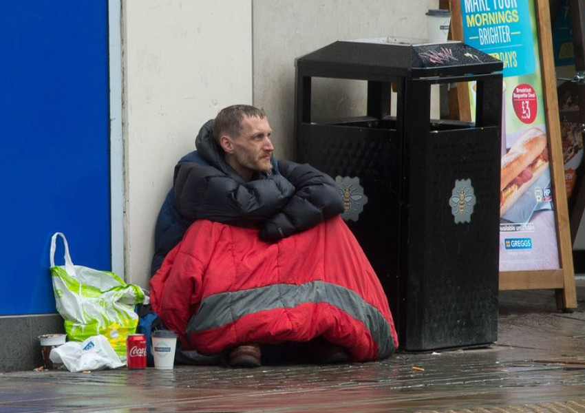 There are 400,000 people who are homeless in the UK at any one time.