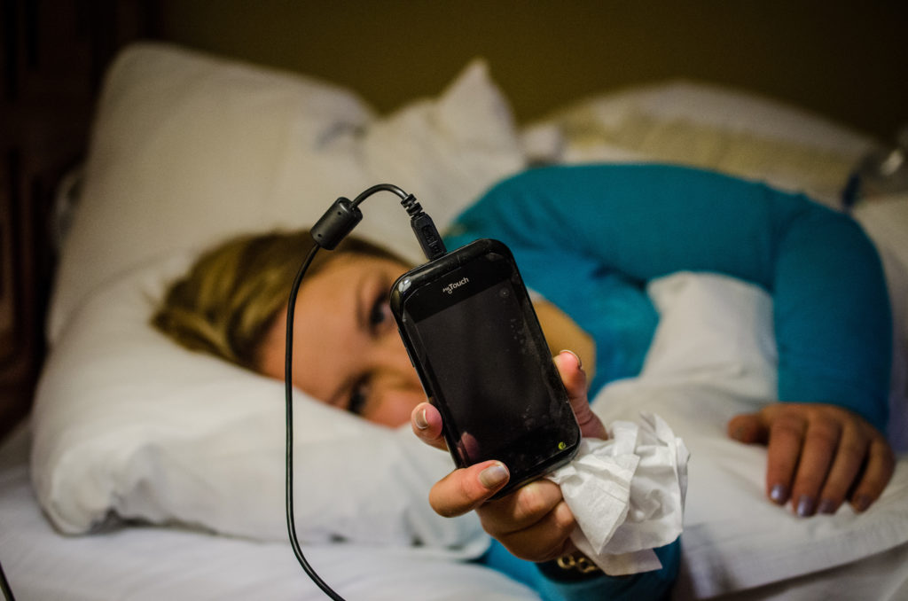 This review showsthat digital delivered CBT for insomnia may be a useful option for people currently waiting for face-to-face treatment, but further research is needed to confirm these findings.