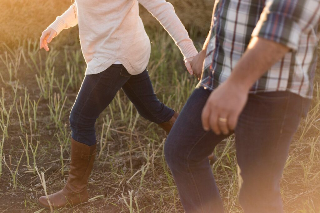 This pilot trial suggest that the Walk This Way intervention may be effectiveat reducing sedentary behaviour in people with severe mental illness.