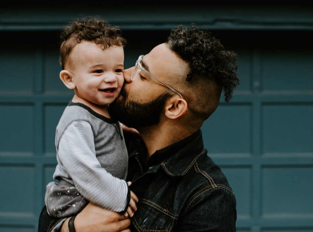 This was the largest population-based study addressing the prevalence of children with mothers with a mental illness, however the dataset lacks information to fathers limiting exposure to parental mental health illnesses.