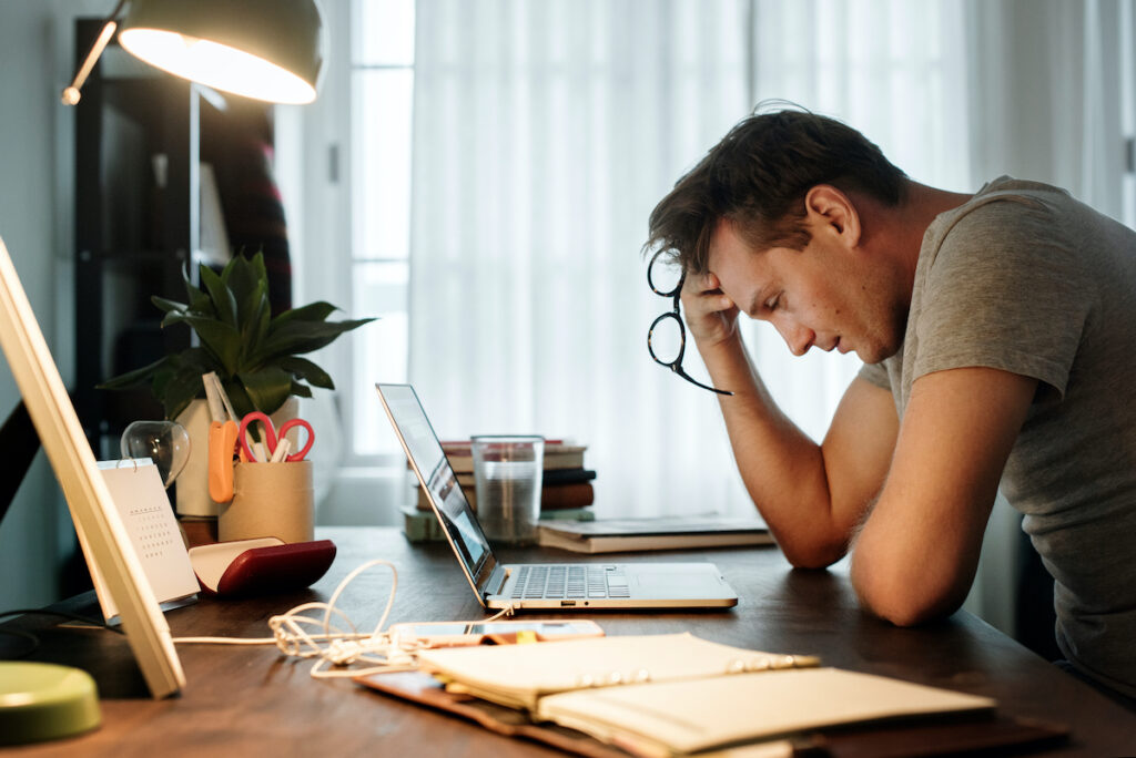 The evidence highlights the need for preventive work at the workplace to minimise bullying and to tackle alcohol problems as a means of coping during a stressful time.