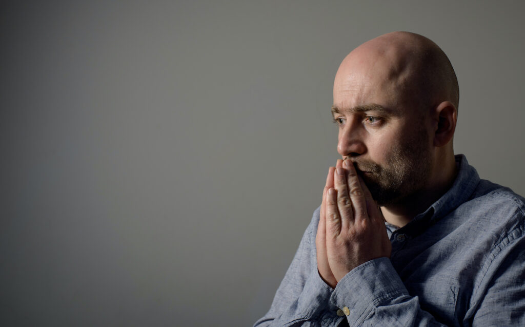 The study indicated that people who did not accurately report their previously recorded self-harm episodes were more likely to be male, middle-aged, living alone and employed compared to those that did accurately report, while alcohol use was high in both groups.