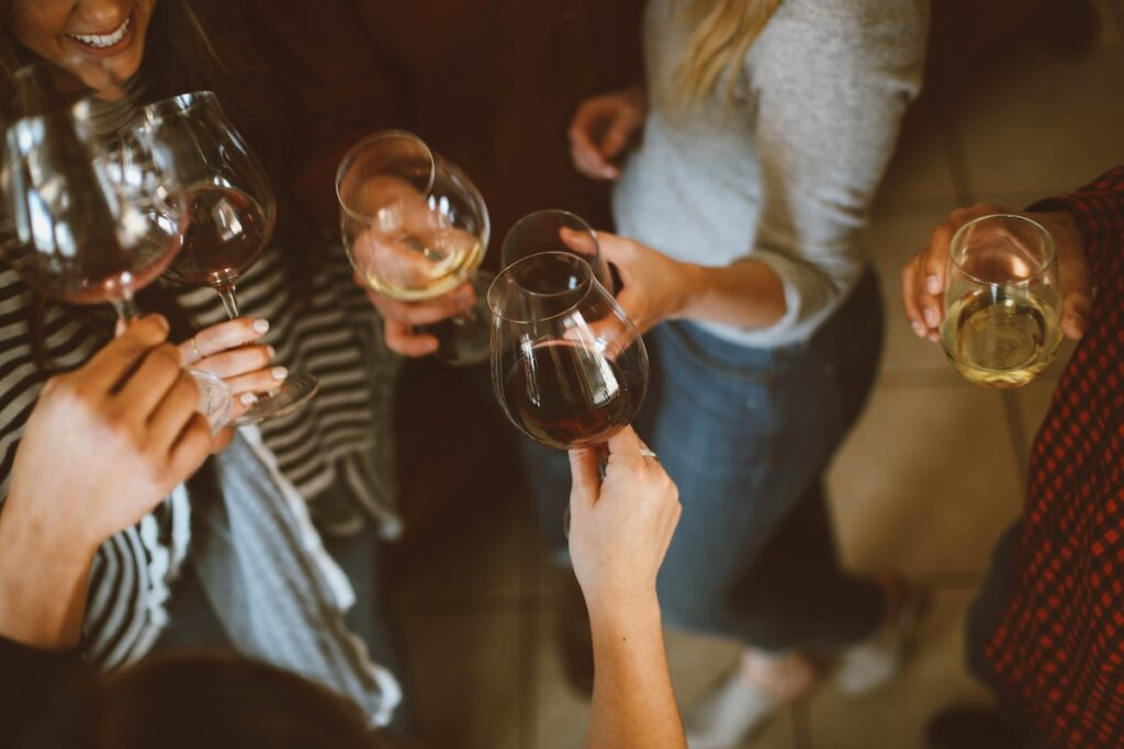 The authors indicated that a significant proportion of people with bipolar disorder exceeded the recommended alcohol guidelines, thus there is a need to collect measurable data on alcohol consumption among this population in future studies.