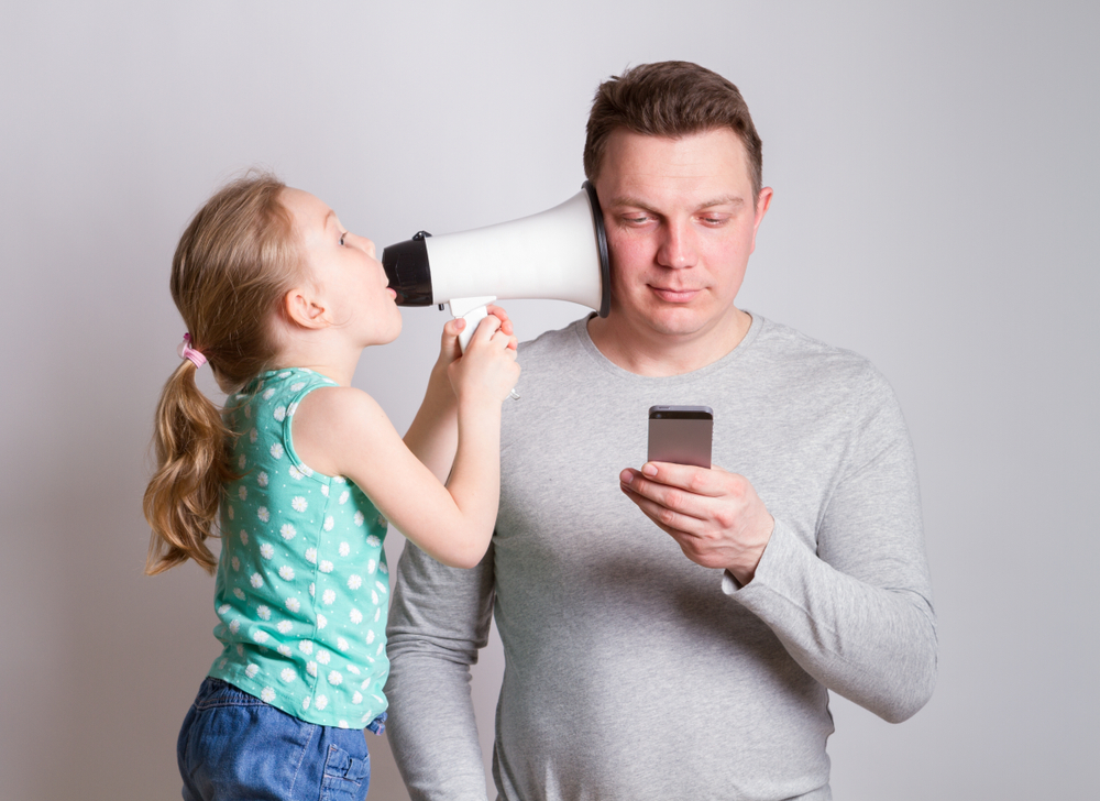 These results suggest that things may not be as bad as some people make out. In fact, parents' use of smartphones may have some positive benefits on family relationships.