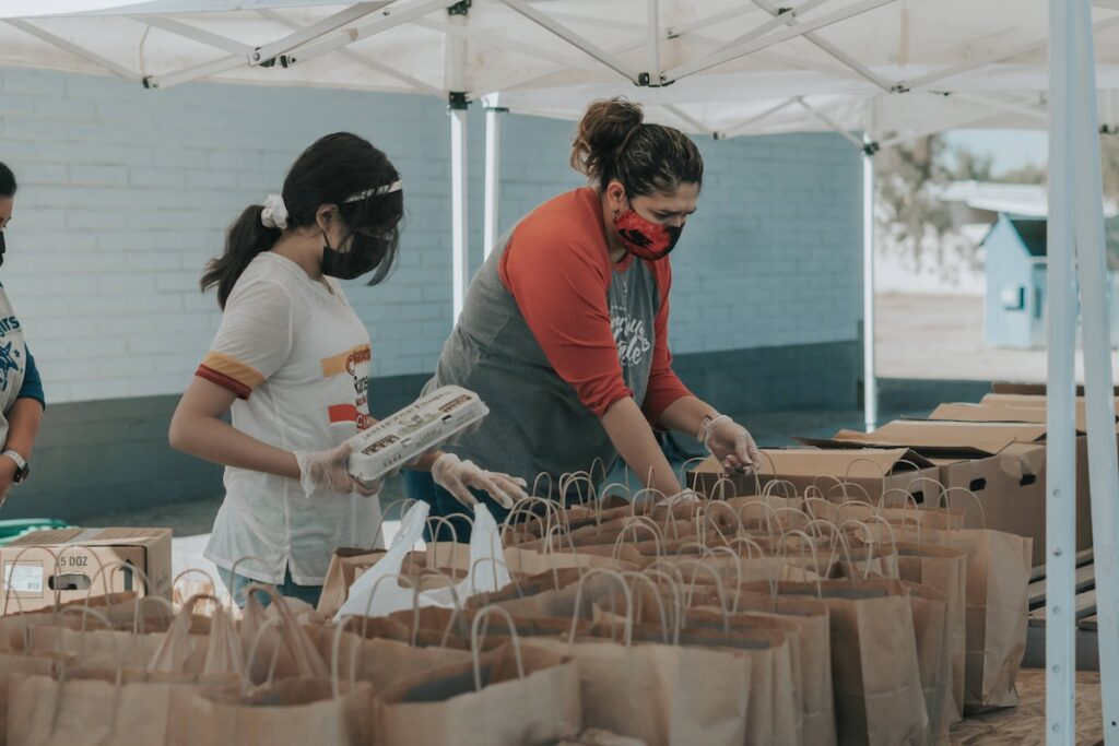 Volunteering can have positive health benefits including a sense of purpose, increased activity, and improved social connections. This is particularly important for older retired adults to help preserve wellbeing and cognitive health.