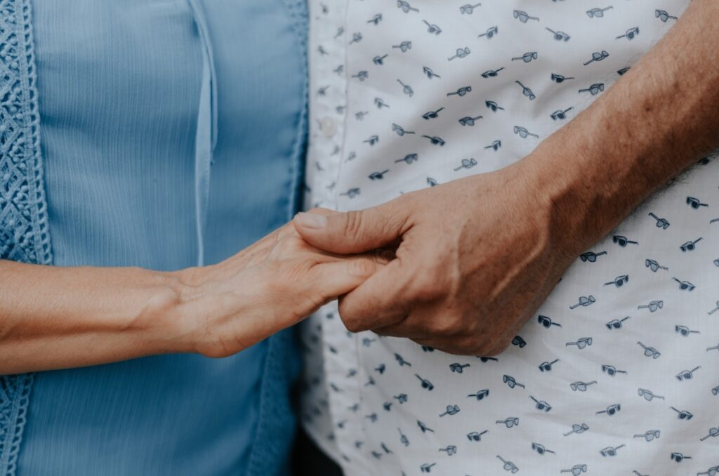 Accessing the services for dementia care has always been a challenge according to participants in this study, including those with a medium socio-economic background. However, these inequalities have been exacerbated by the COVID-19 pandemic, this new qualitative study suggests.