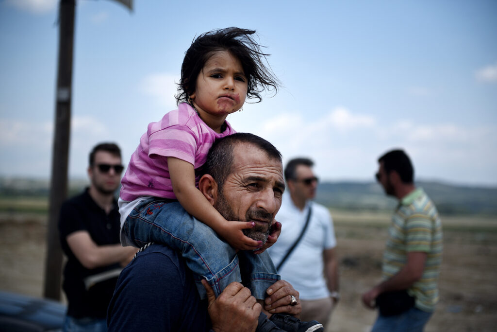 During the recent refugee crisis worldwide, Germany has welcomed a big number of displaced people compared to the UK. This study examines the recent migrant influx in Germany and is the first to our knowledge to look at the effects of psychological distress on integration amongst refugees.