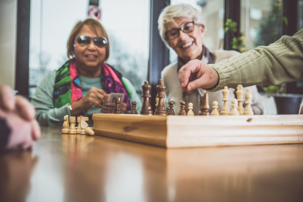 Social support services provide important post-diagnostic care for people with dementia and carers, such as support groups, home visits and daily activities. Unfortunately, people from lower socio-economic backgrounds, ethnic minority groups, or in rural areas face additional barriers to access these services.